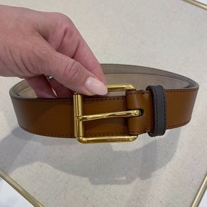 🆕 Burberry Men's Textured Leather Brown Belt